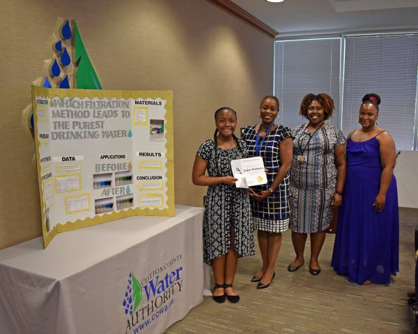 Kendrick Middle Student Receives Water Environment Award – Clayton
